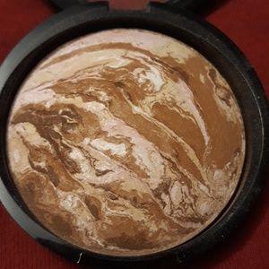 Baked Bronze n Brighten (Medium)